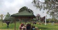 Bursalı İşçiler 1 Mayısı Aileleriyle Piknik Yaparak Kutladı