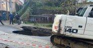 Kozlu'da yol çöktü